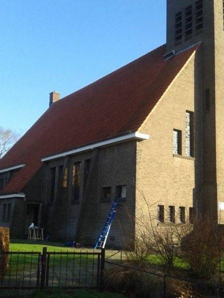 Glas in lood ramen gerepareerd met mond geblazen antiekglas project Zaalkerk Schoonebeek